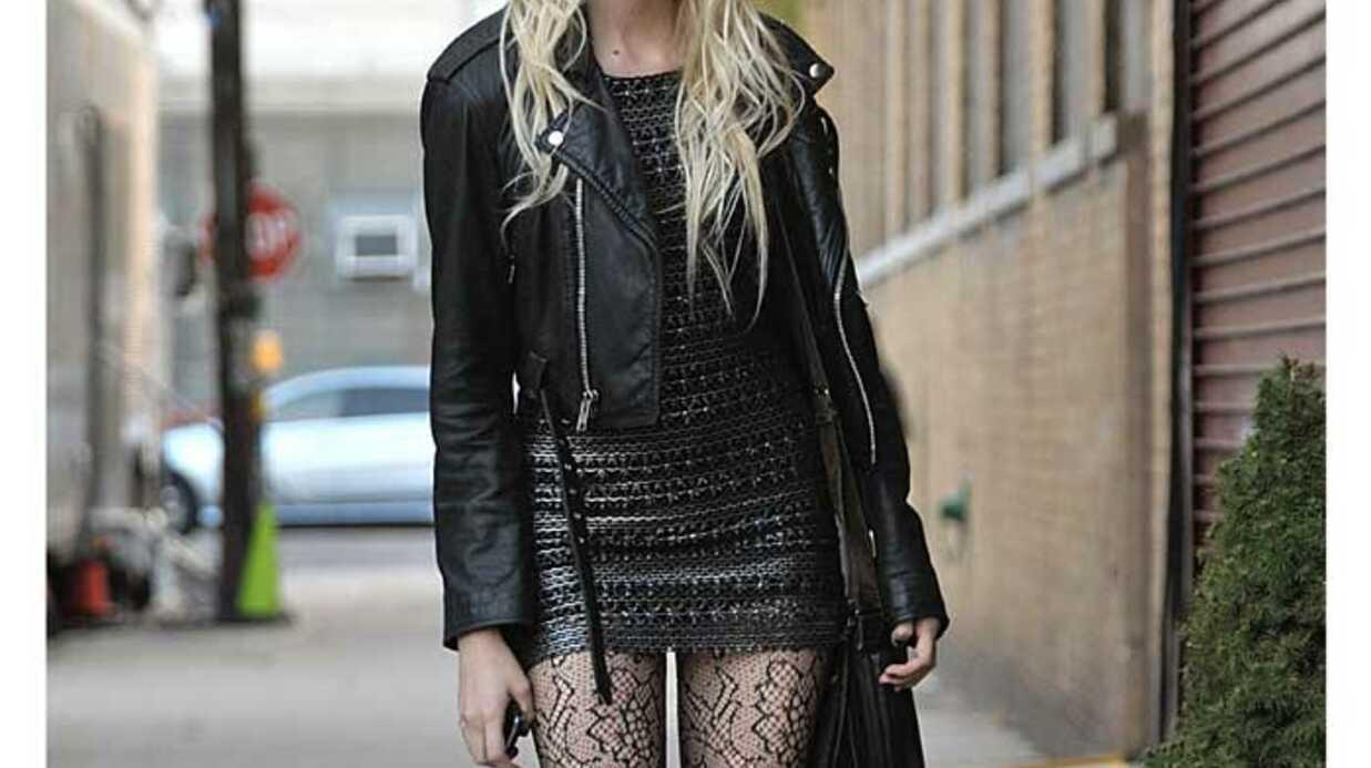 LOOK Taylor Momsen en rockeuse sexy