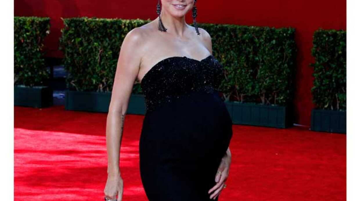 LOOK Heidi Klum: enceinte et glamour aux Emmy Awards