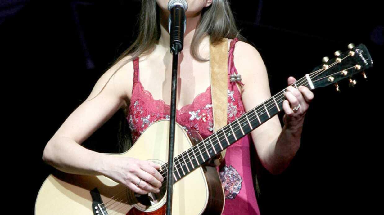 Lynda Lemay annule toutes ses représentations en France