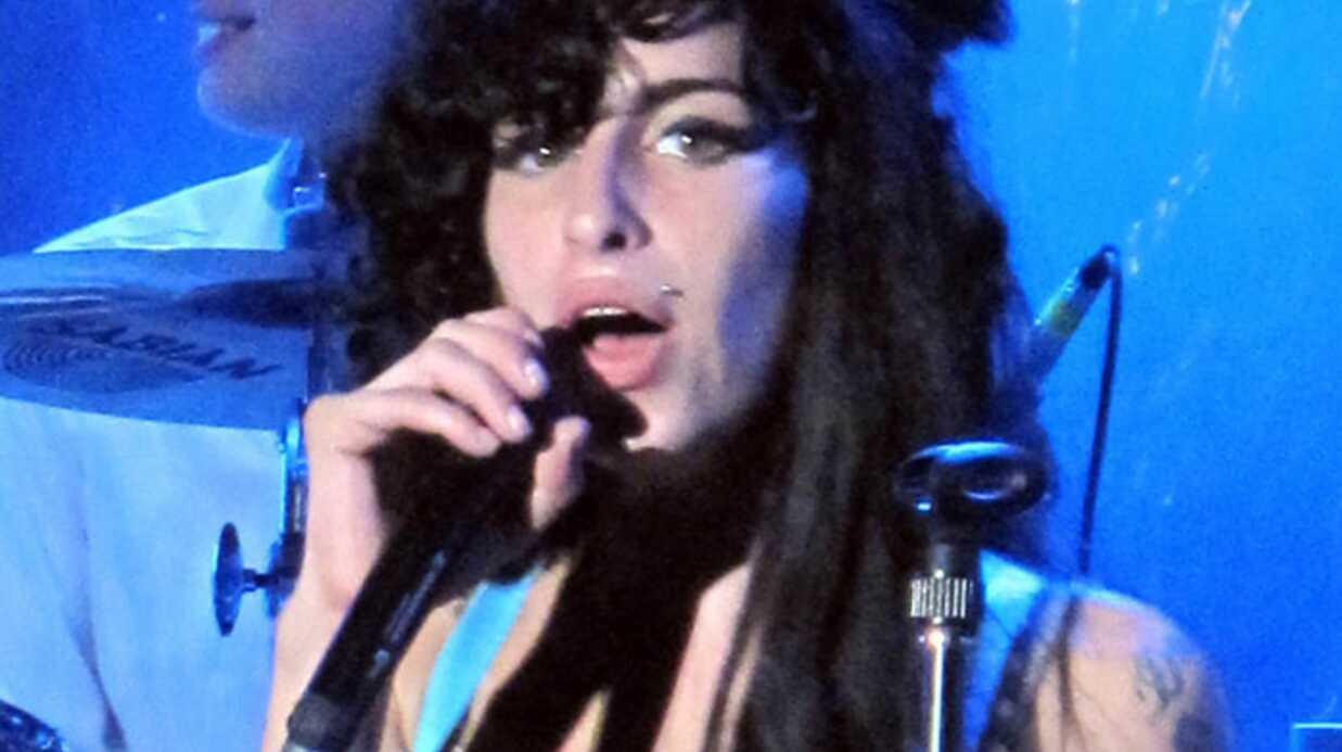 Amy Winehouse annule son concert à Londres