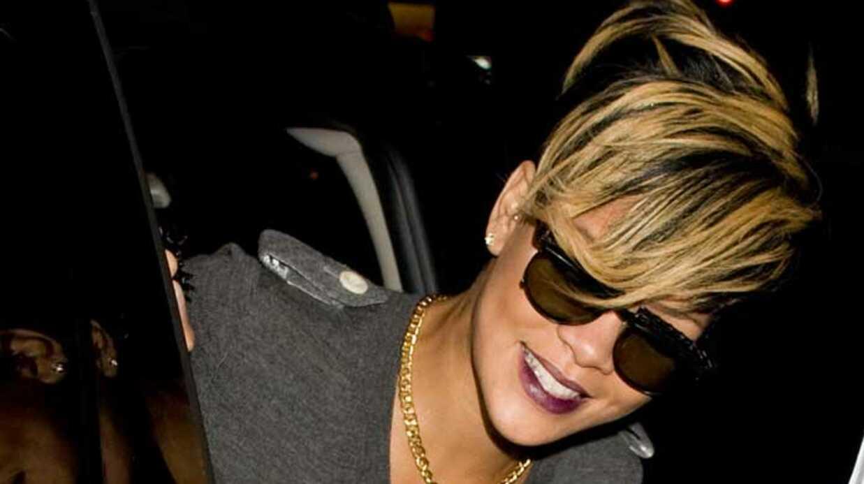 LOOK Rihanna: du blond pour la Fashion Week