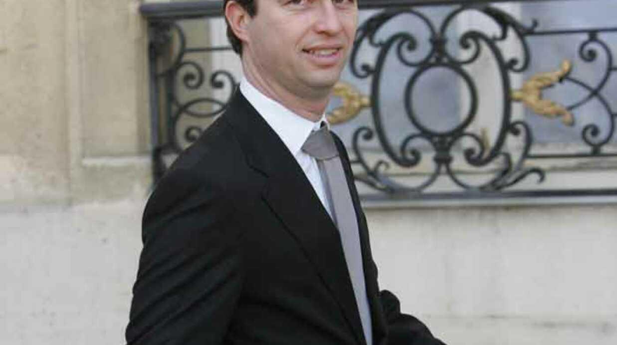 Affaire de la Jaguar: David Martinon répond