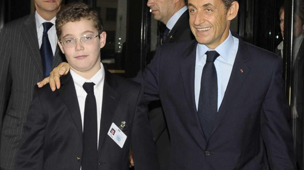 Louis Sarkozy applaudit son papa