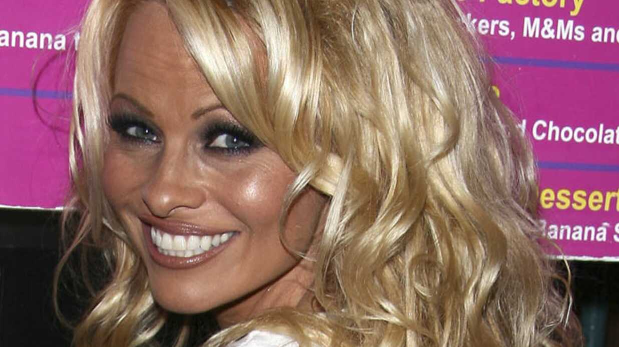 Une appli iPhone pour se réveiller avec Pamela Anderson