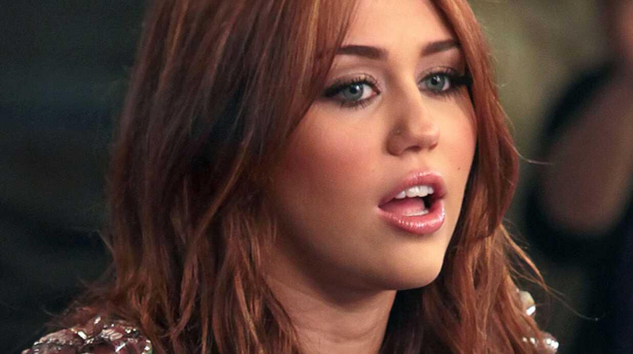 Miley Cyrus demande à ses fans de quitter Twitter