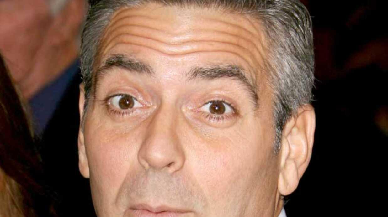 George Clooney  Moqueur, le bougre!
