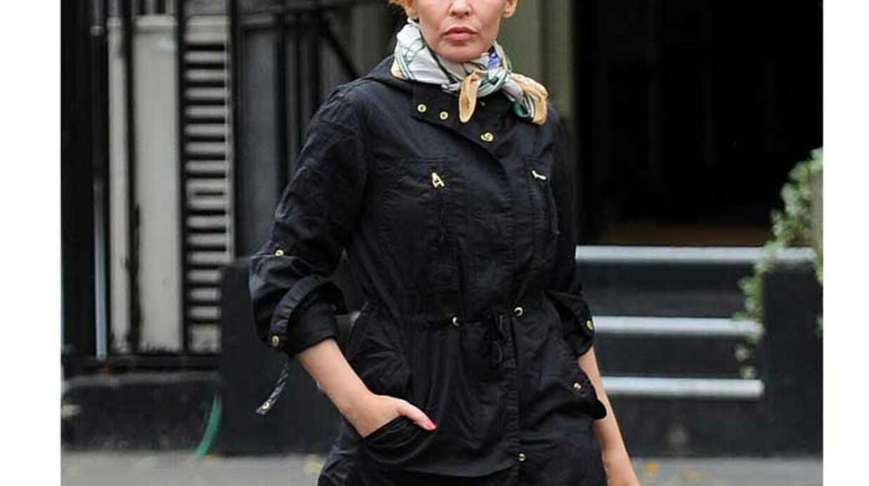 LOOK Kylie Minogue: en pleine fashion dépression?