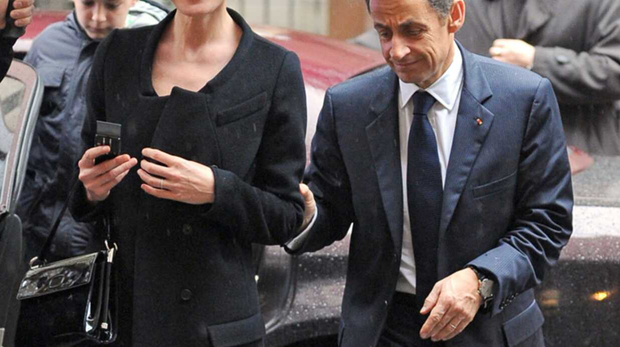 Carla Bruni et Nicolas Sarkozy: raillés dans une pub