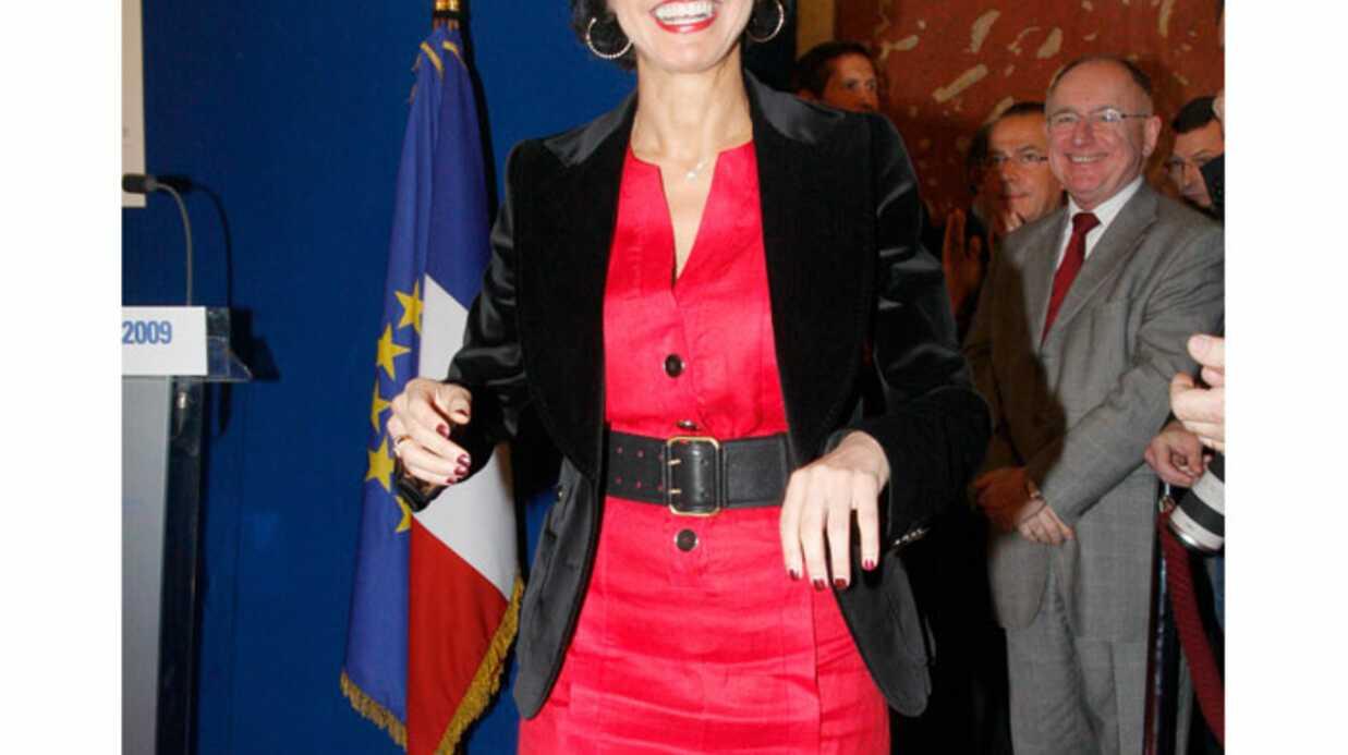 LOOK Rachida Dati, rayonnante en rouge