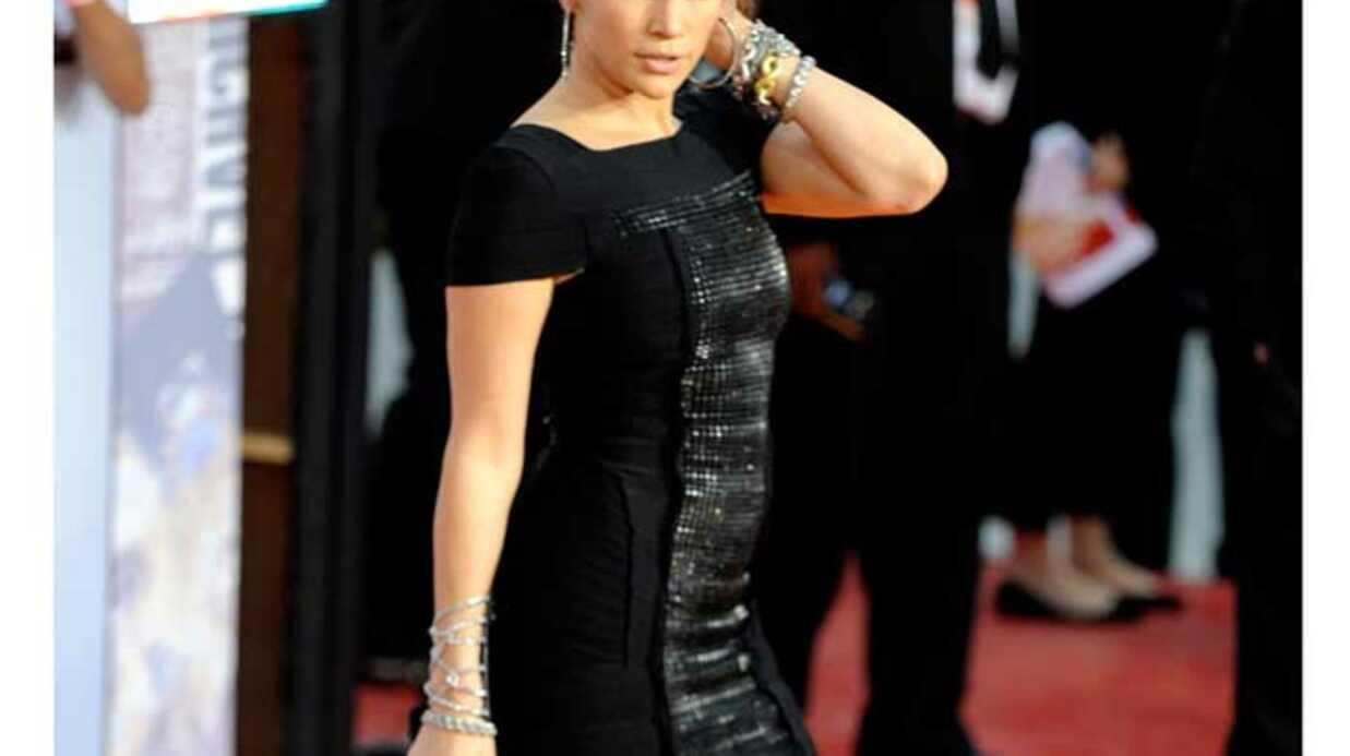 LOOK Jennifer Lopez sexy et glamour pour voir This is it