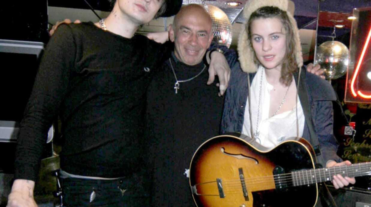 Pete Doherty Sur scène avec Coco