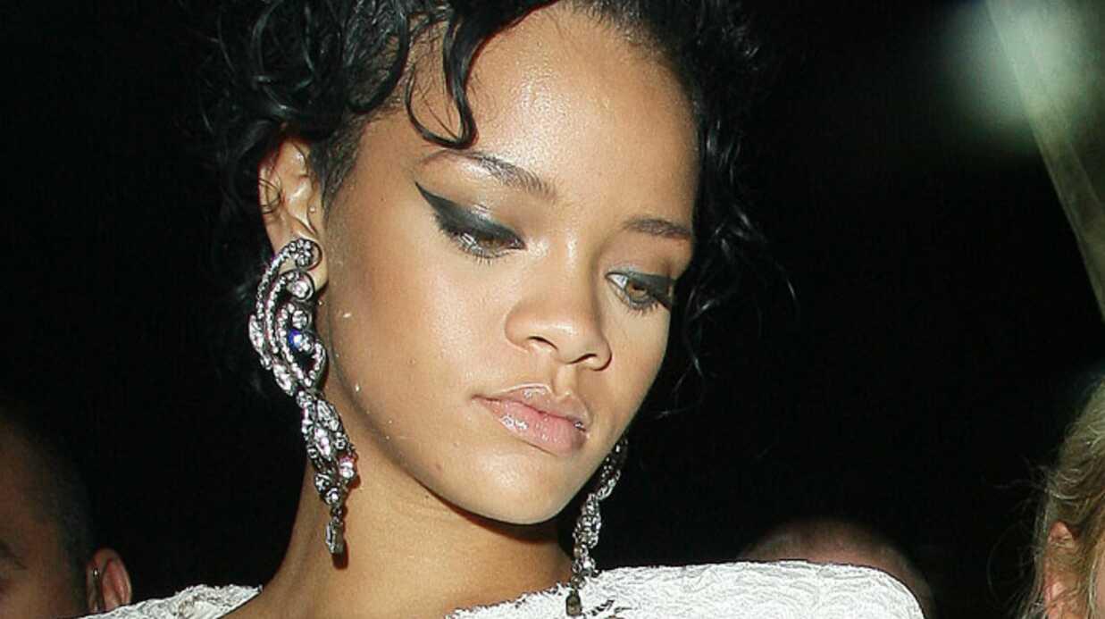Rihanna toujours seule dans les soirées