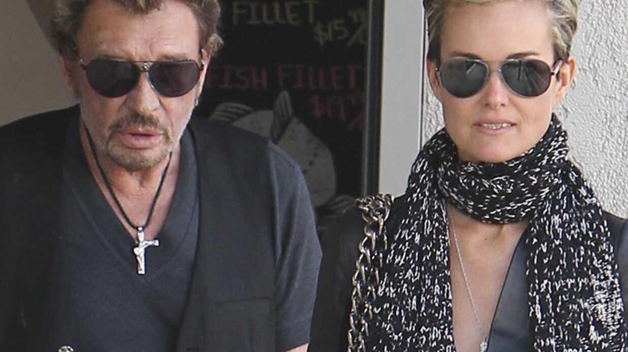 Johnny Hally­day et Laeti­cia sont rentrés à Paris !