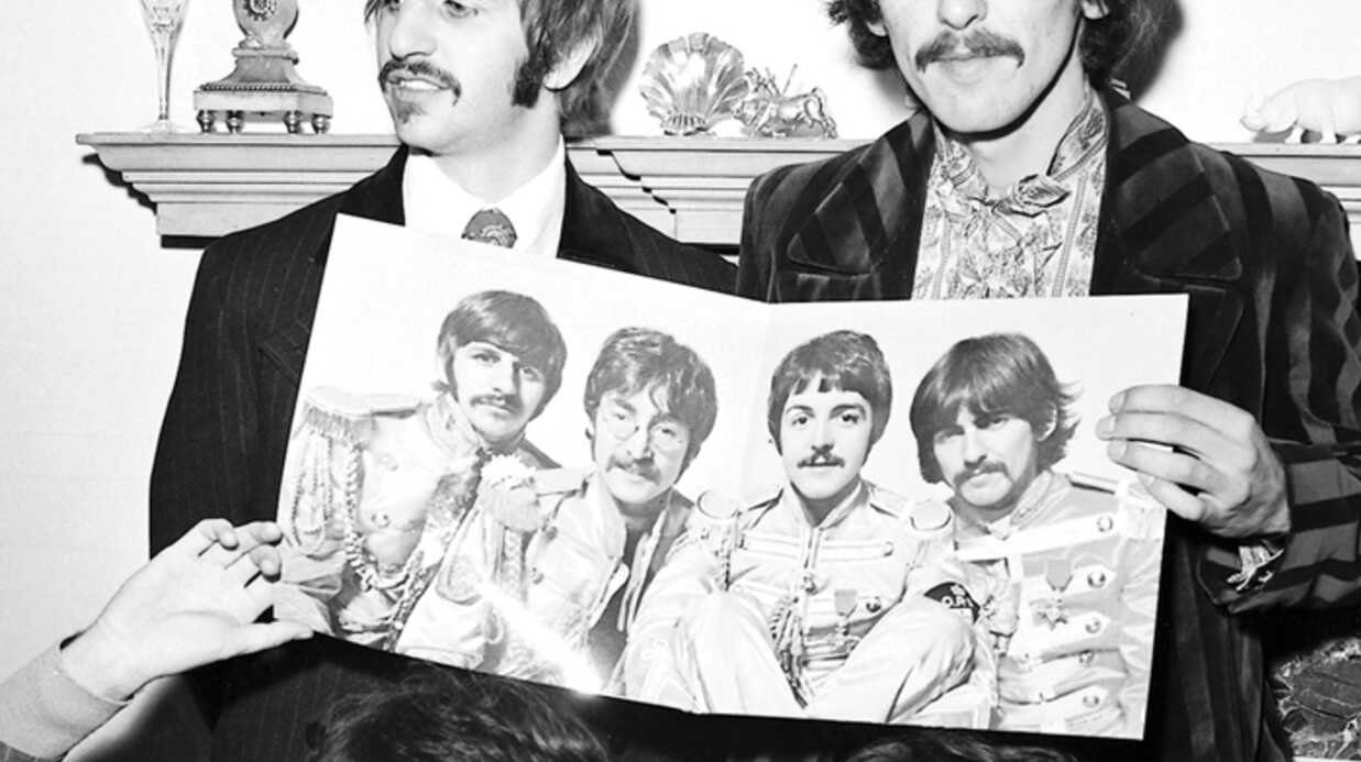 VIDEO The Beatles : Lucy in the sky with diamonds décé­dée