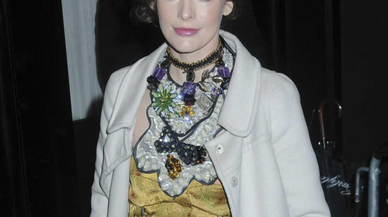 Milla Jovovich adepte des armes