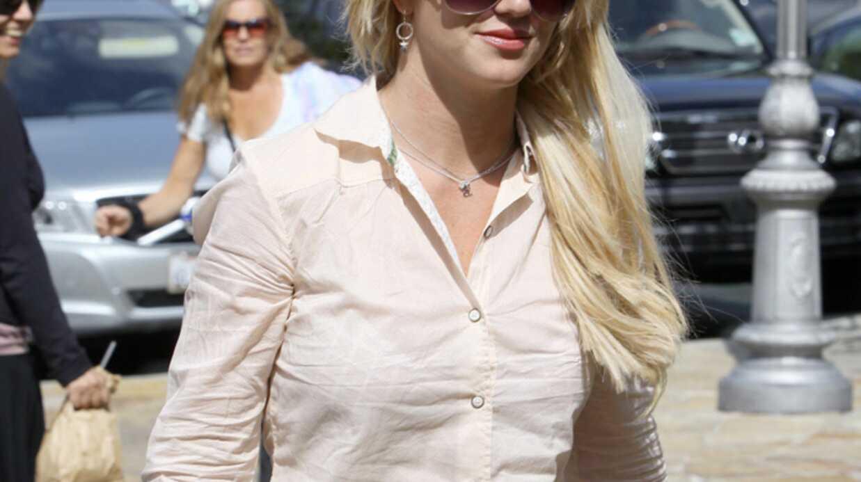 Britney Spears remontée à bloc en Une du magazine V