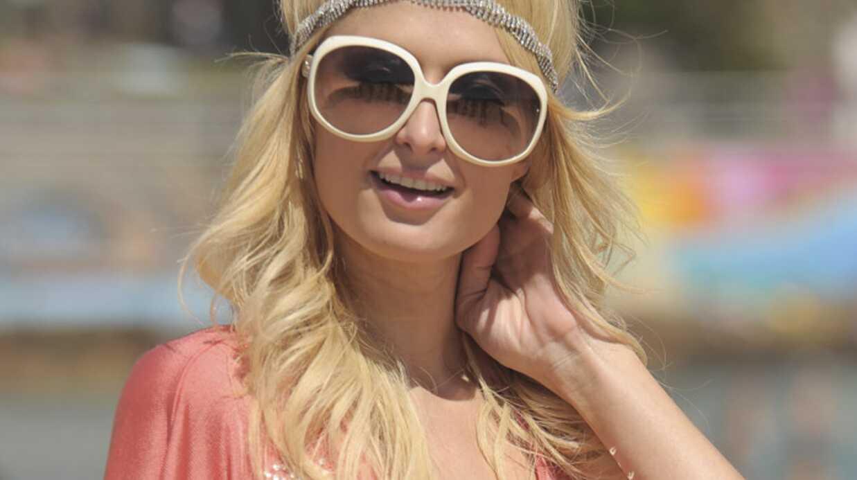 Paris Hilton lutte contre la crise économique