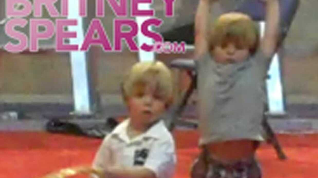 VIDEO Brit­ney Spears : ses fils dansent sur ses tubes