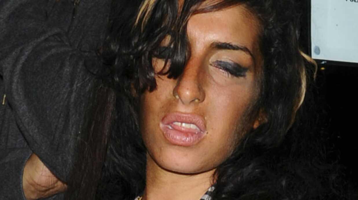 Amy Winehouse: son mec est en couple avec une stripteaseuse