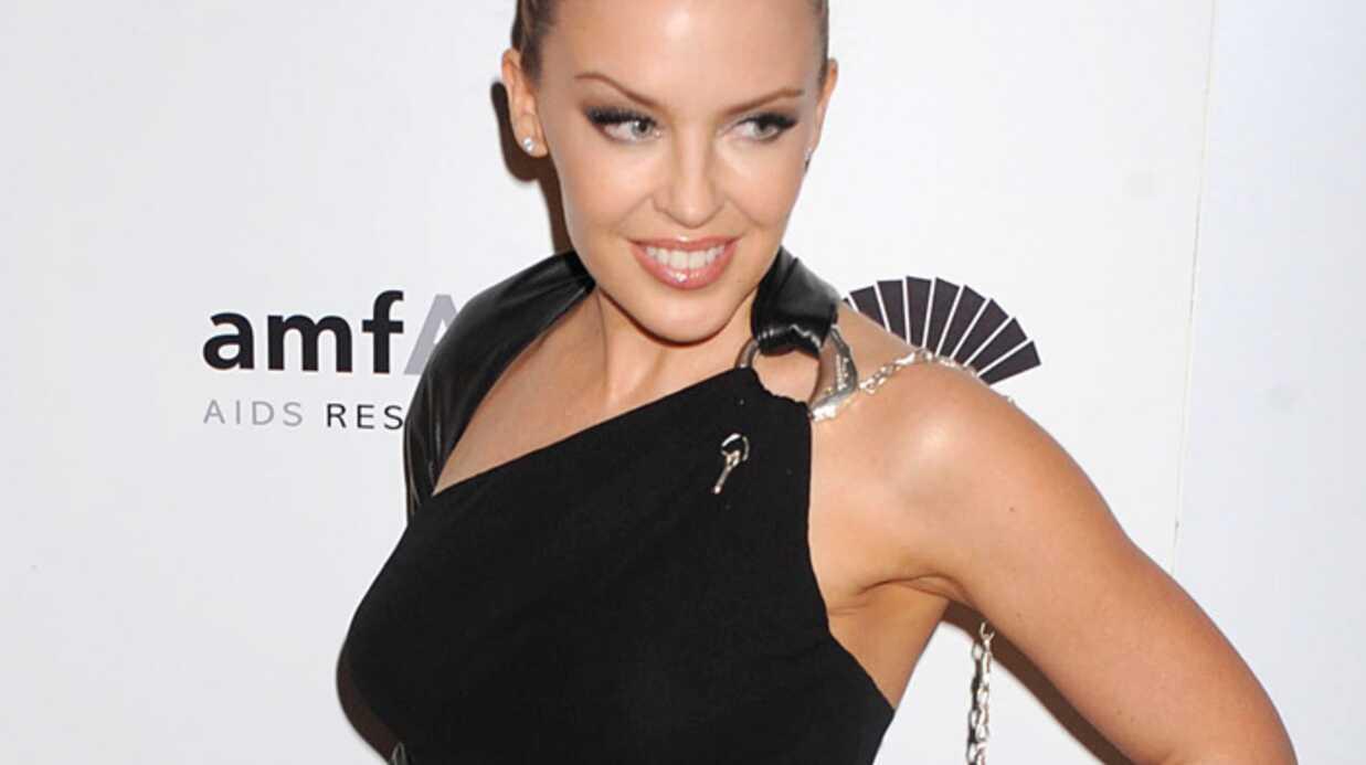 Kylie Minogue: vulgaire au dîner de l'AmfAR à New York