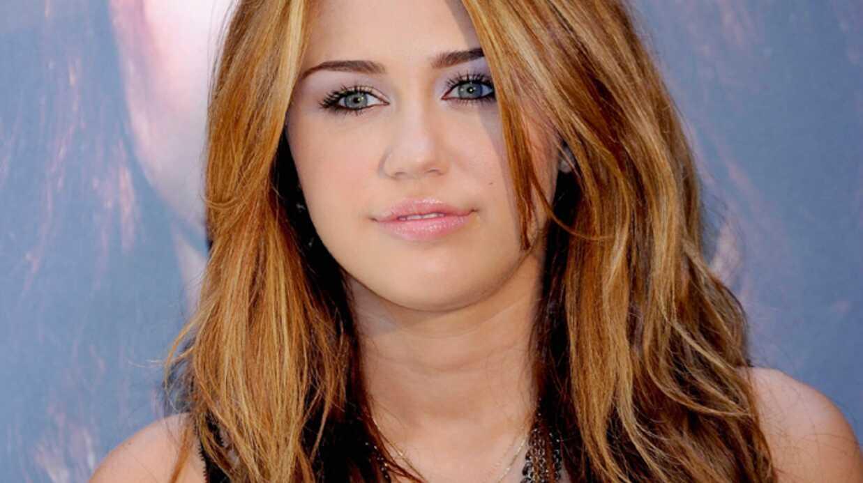 VIDEO Miley Cyrus: regardez son baiser lesbien