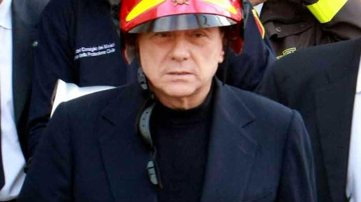 Silvio Berlusconi exige des excuses de son épouse