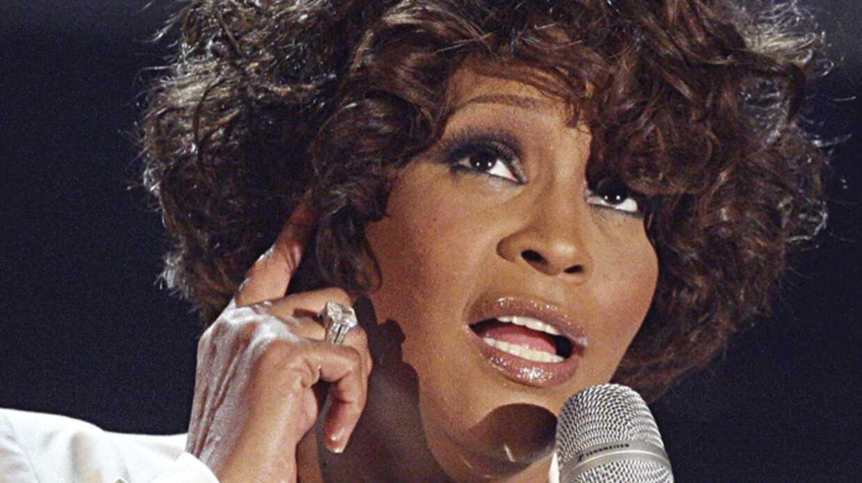 Whitney Houston vend sa maison moitié prix