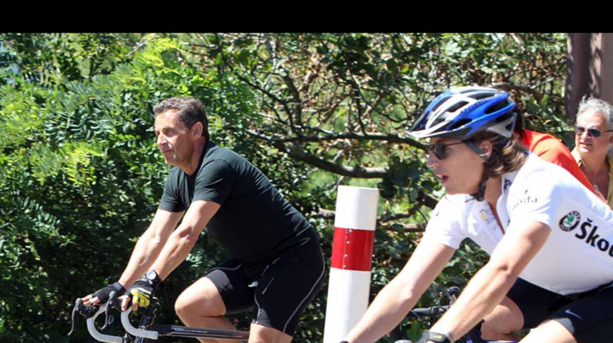 PHOTOS Nicolas et Jean Sarkozy en balade à vélo