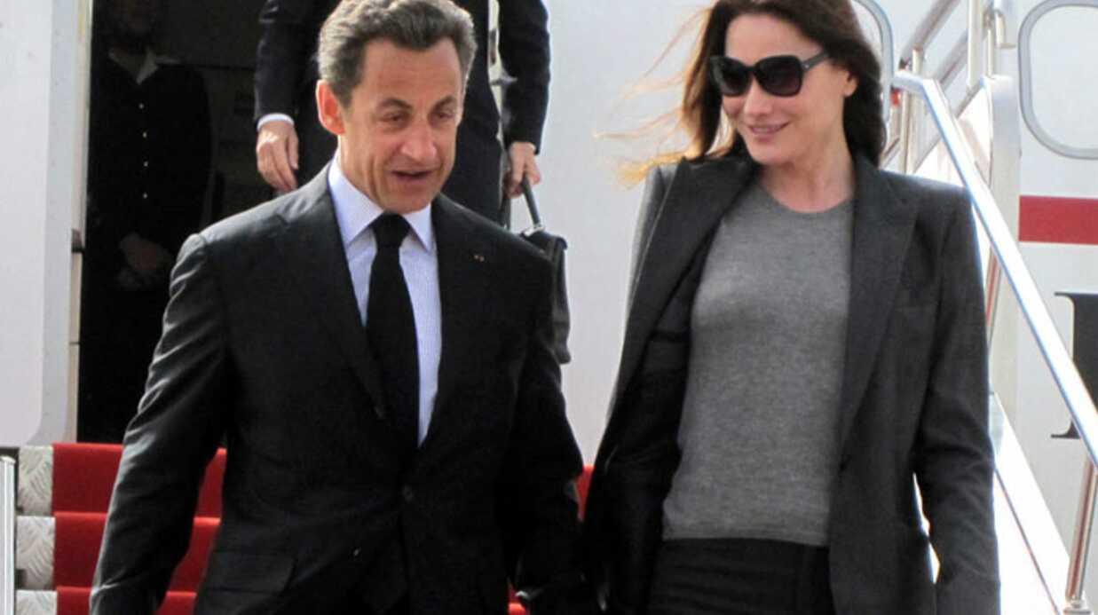 Carla Bruni met de l'ambiance chez le président