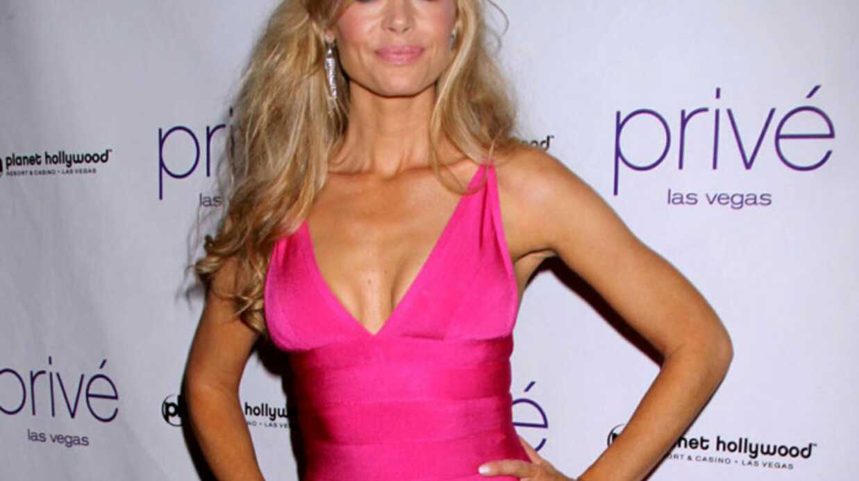 Denise Richards avoue un abus de chirur­gie esthé­tique