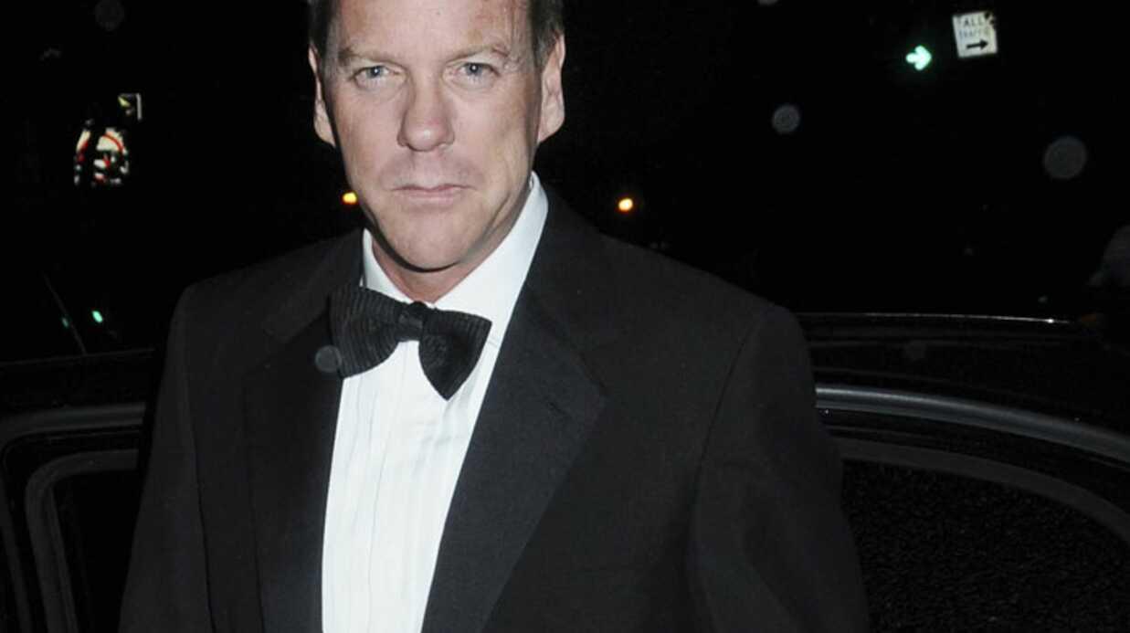 Kiefer Sutherland agresse un styliste