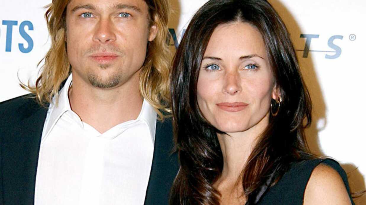 Brad Pitt et Courteney Cox dinent chez Eva Longoria
