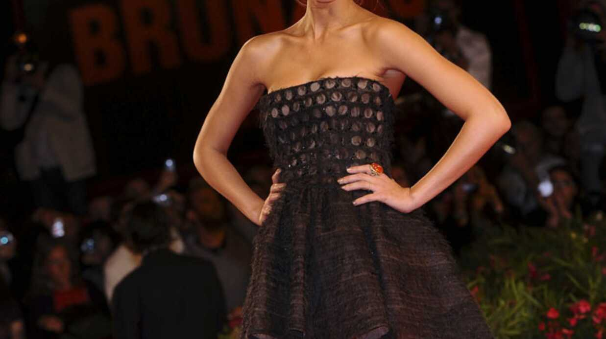 Jessica Alba fière des ses formes depuis sa grossesse