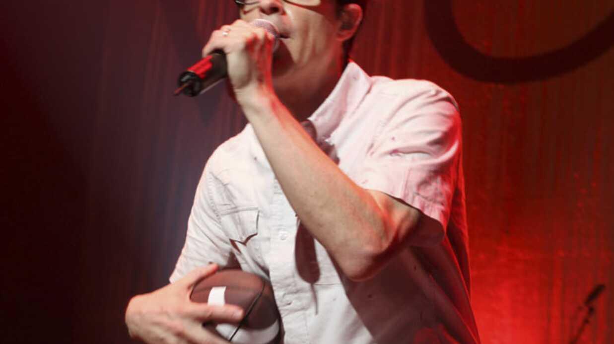 Weezer: le chanteur du groupe blessé dans un accident