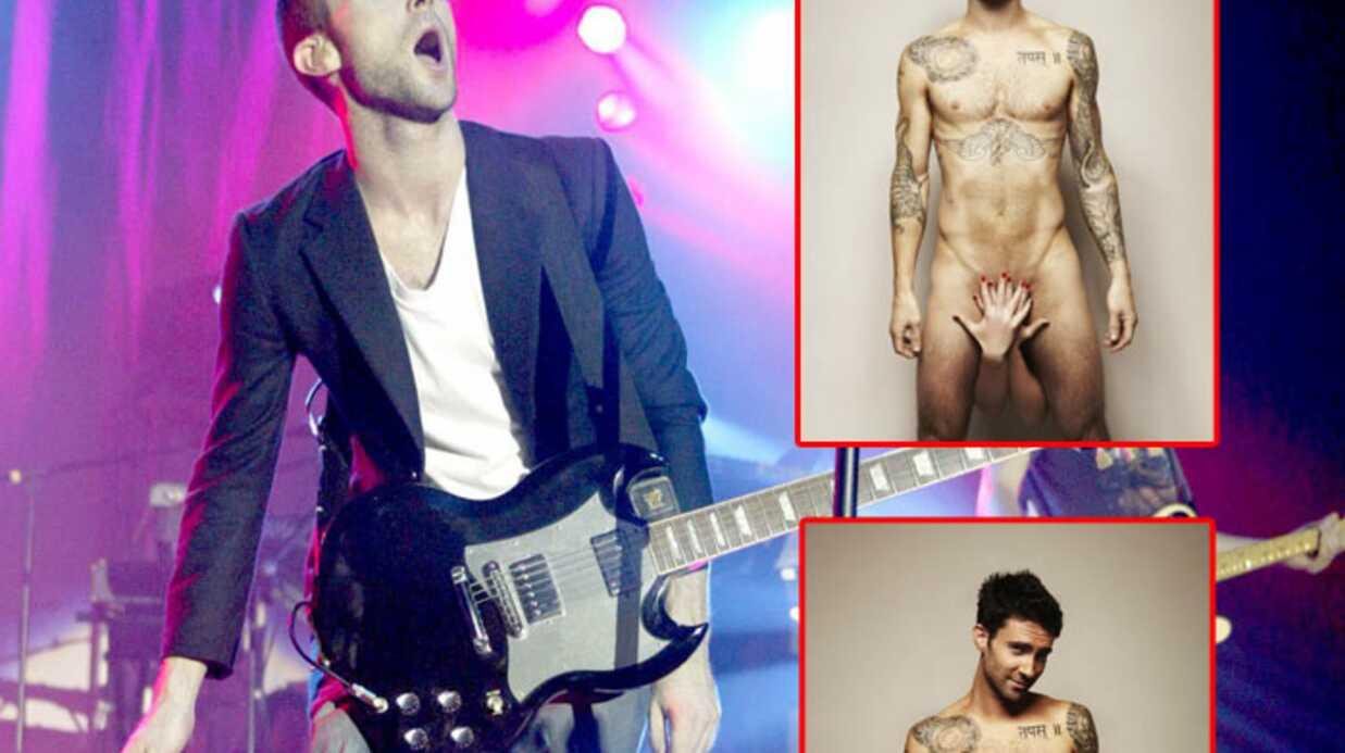 Maroon 5: Adam Levine pose nu contre le cancer
