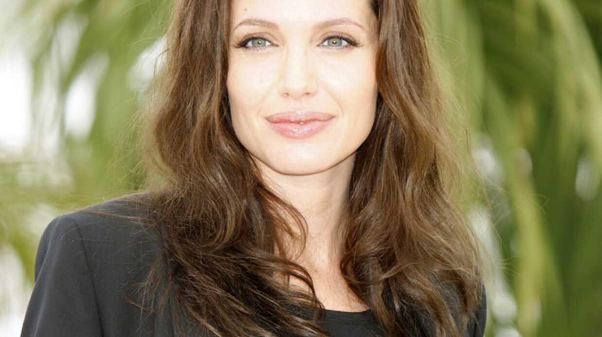 Angelina Jolie reçoit la visite de son frère