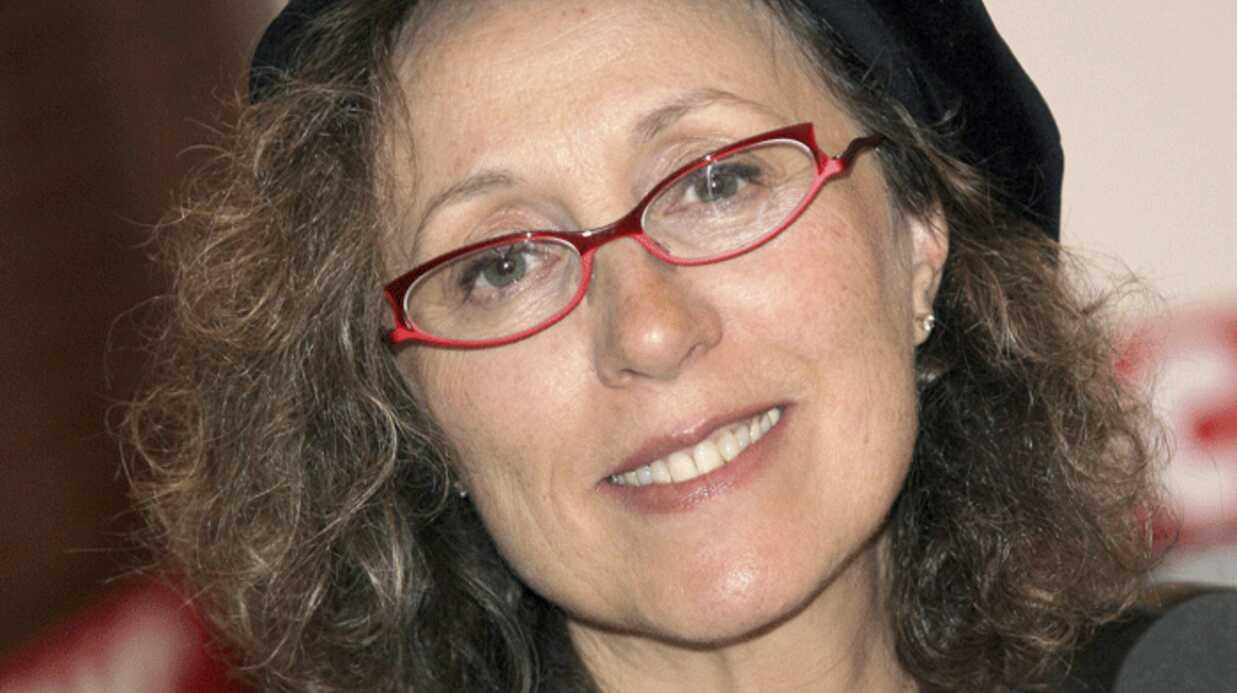 Mireille Dumas gagne entre 18000 et 20000 euros mensuels