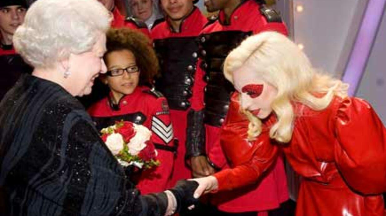 Lady Gaga a fait des efforts pour la reine d'Elisabeth
