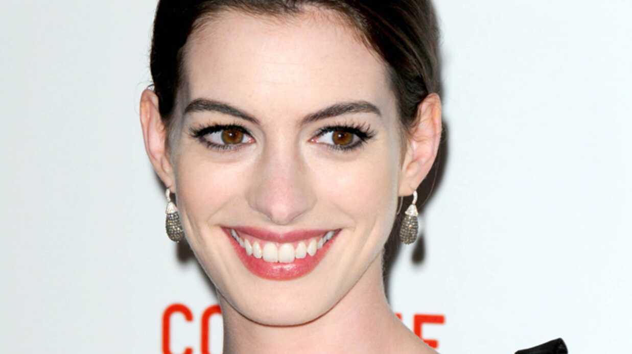 Anne Hathaway: obsédée par les livres de physique