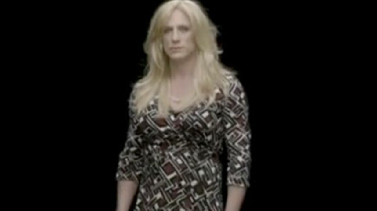 VIDEO Daniel Craig dans la peau d'une femme