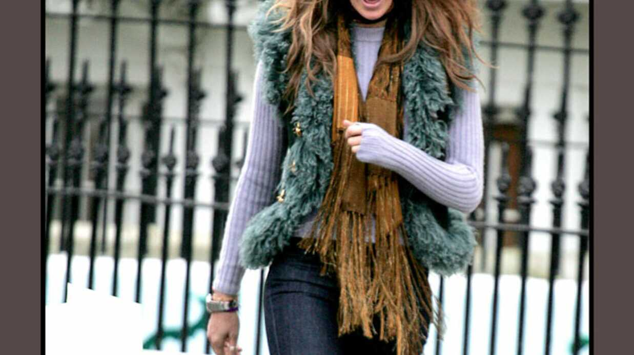 LOOK – Elle Macpherson, drôle de style pour un top