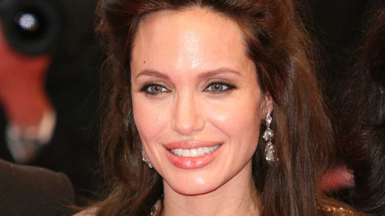 Brad Pitt a engagé une nounou pendant l'absence d'Angelina Jolie
