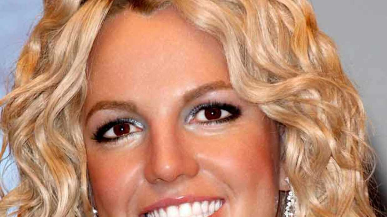 Britney Spears rend visite à des enfants malades