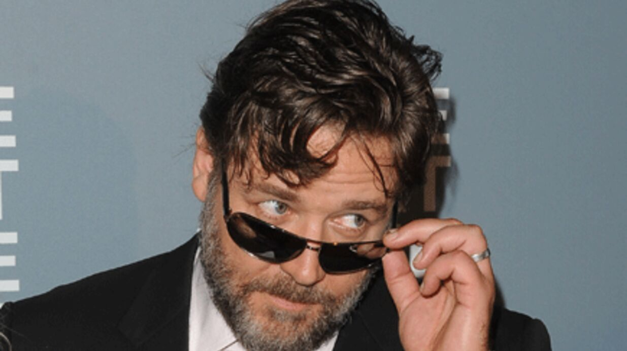 Russell Crowe présente ses excuses sur Twitter