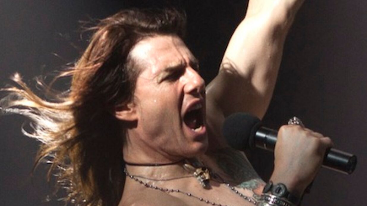 PHOTO Tom Cruise montre ses abdos pour Rock of Ages