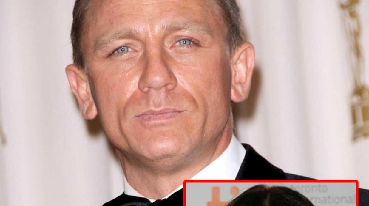 Daniel Craig: surpris main dans la main avec Rachel Weisz