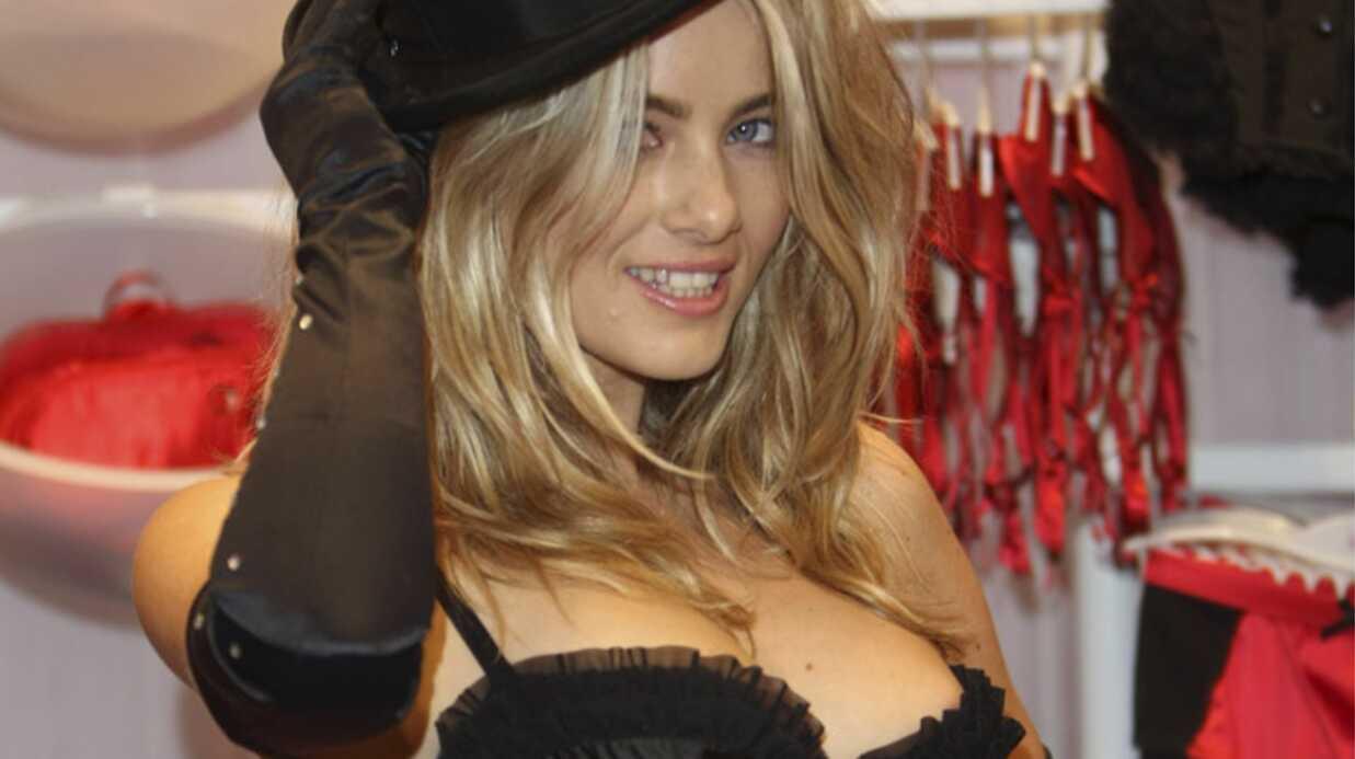 Katie Downes, la fiancée sexy du guitariste des Arctic Monkeys