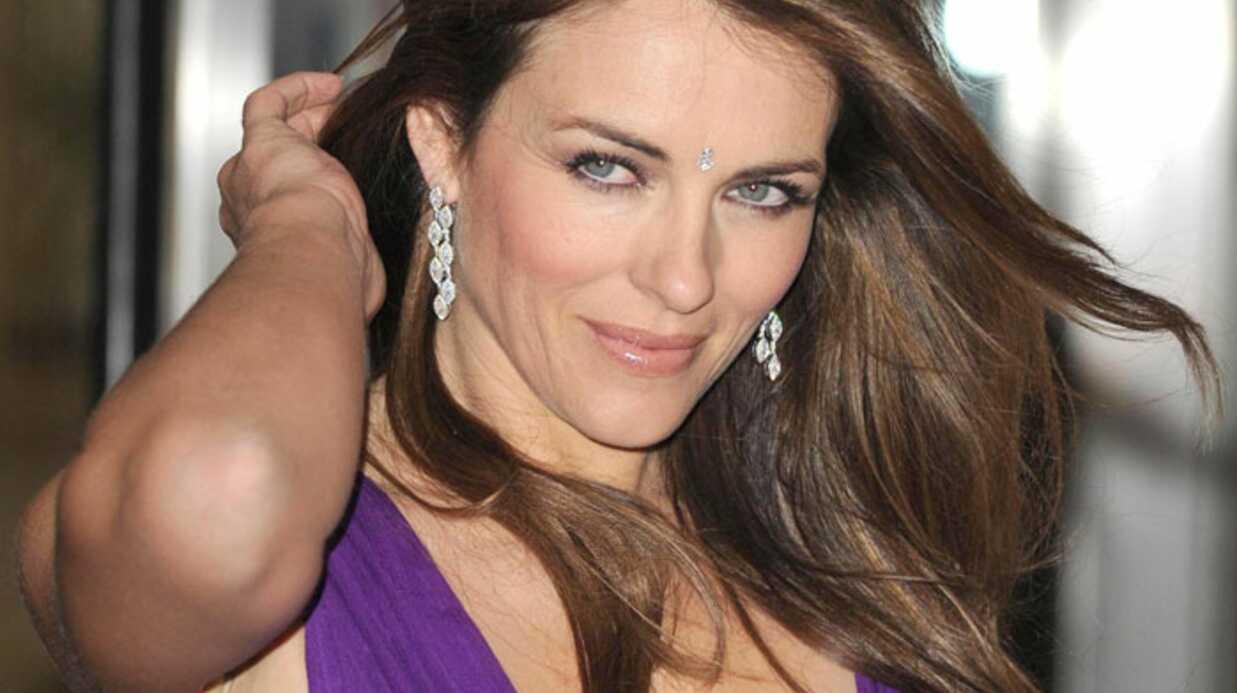 Toujours aussi sexy, Liz Hurley!