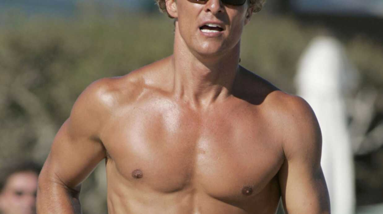 Matthew McConaughey hot en vacances