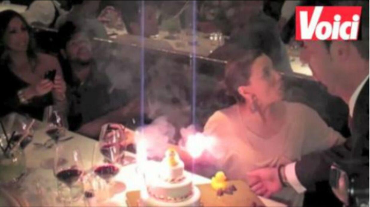 VIDEO Eva Longoria: Eduardo Cruz se cache